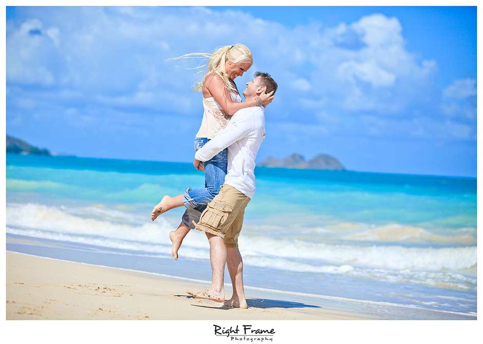 004_Oahu_Engagement_beach_photography