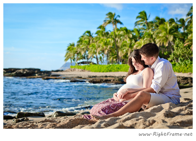 005_honolulu_maternity_Photography_secret_Beach