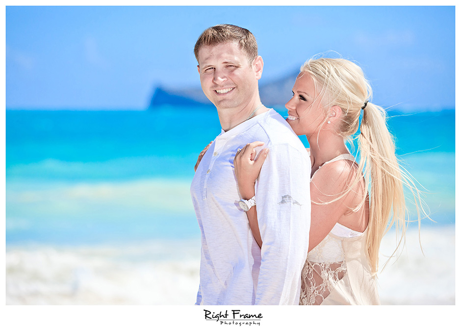 006_Oahu_Engagement_beach_photography