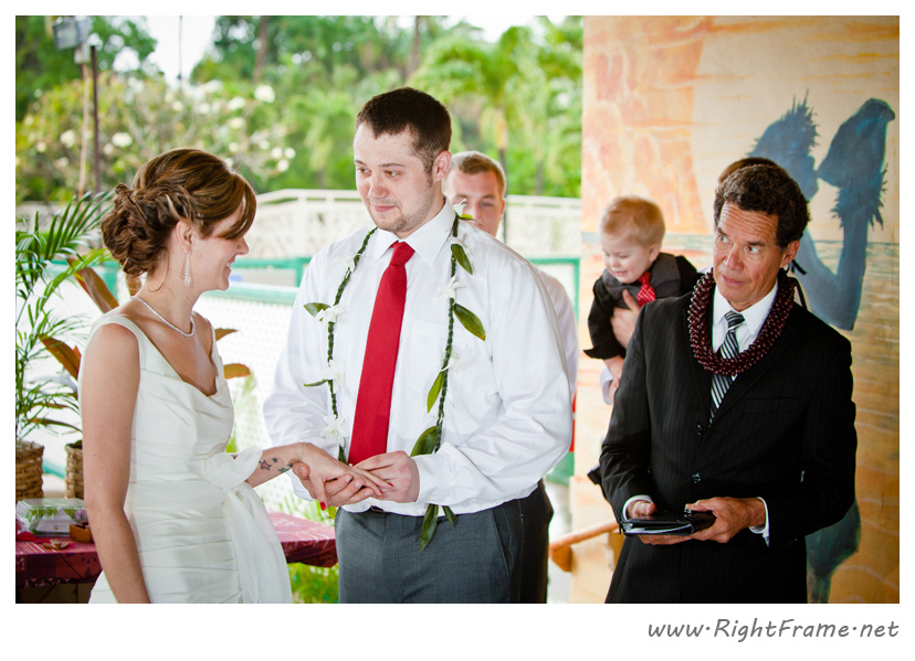 006_Oahu_wedding_Photographers_Paradise_cove