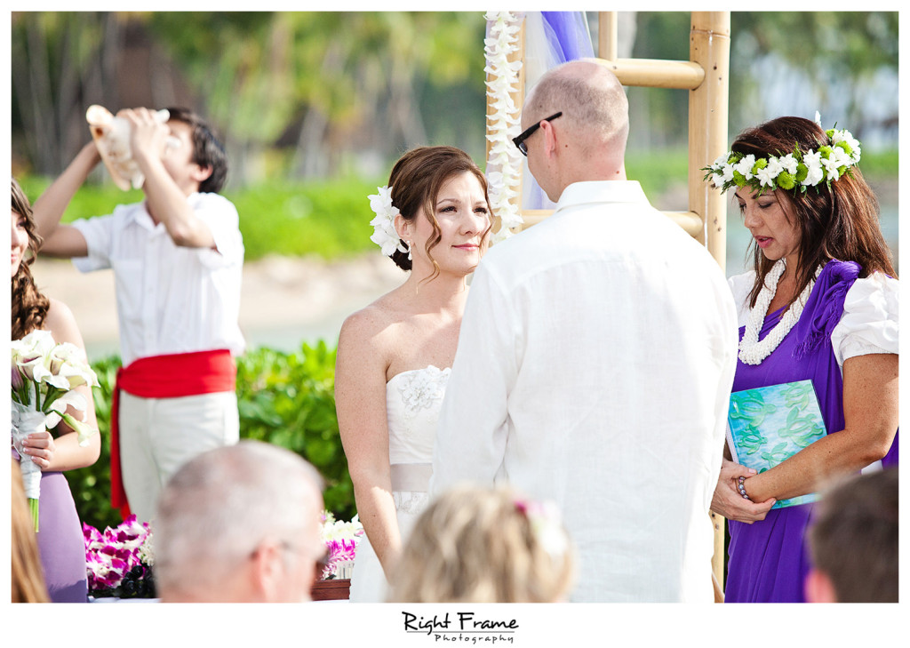 007_Oahu_wedding_photographers_Paradise_cove_