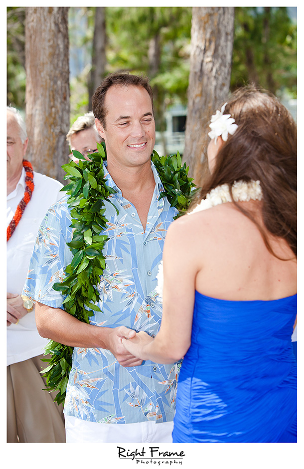 008_Hawaii_Wedding_Photographers_Oahu_Waimanalo_Beach