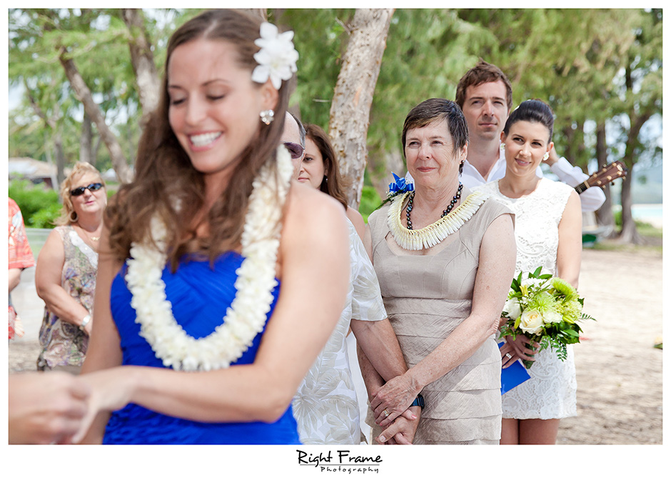 009_Hawaii_Wedding_Photographers_Oahu_Waimanalo_Beach
