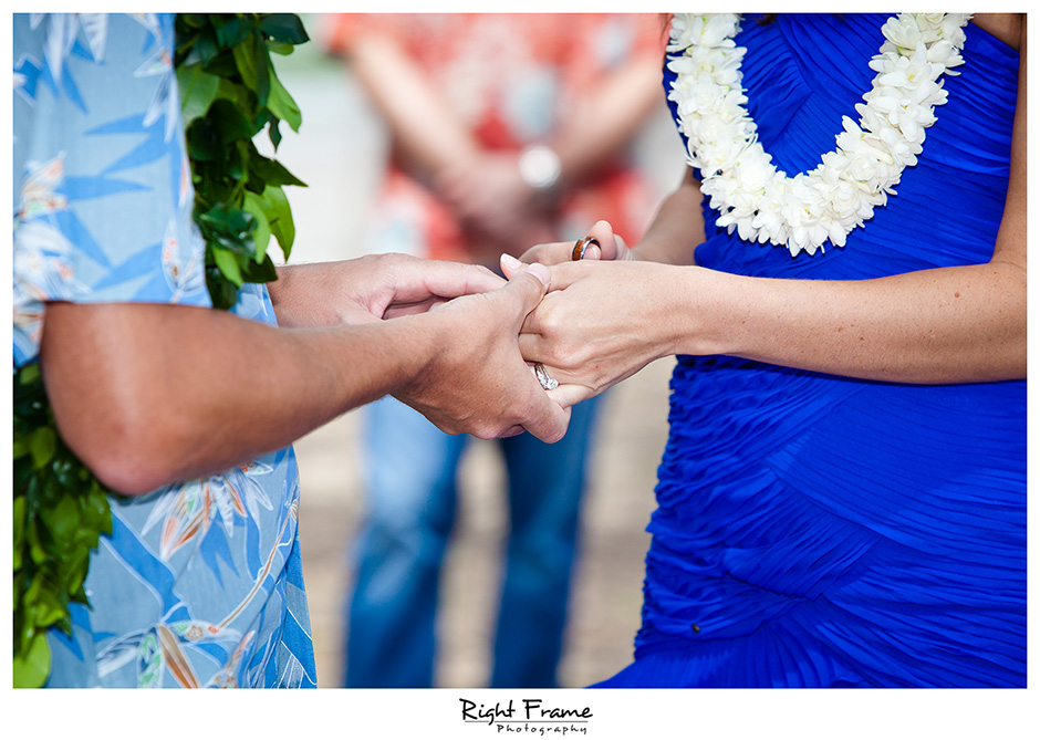 010_Hawaii_Wedding_Photographers_Oahu_Waimanalo_Beach
