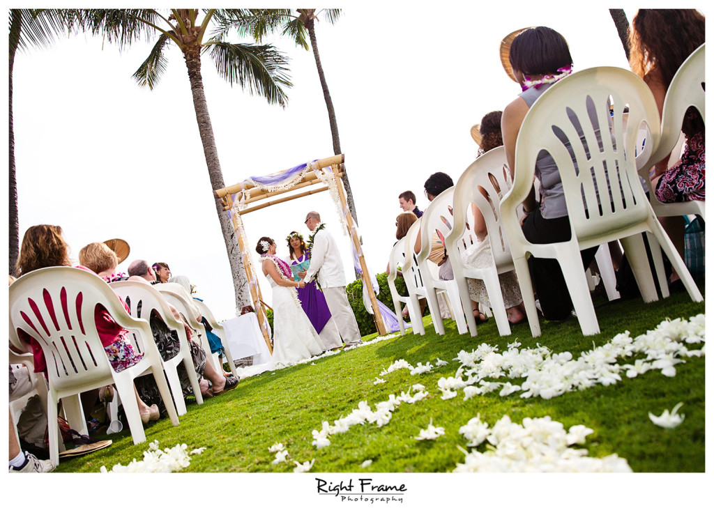 013_Oahu_wedding_photographers_Paradise_cove_