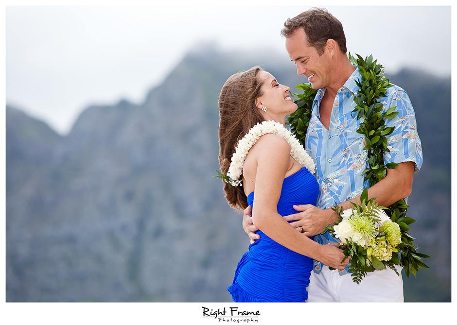 014_Hawaii_Wedding_Photographers_Oahu_Waimanalo_Beach
