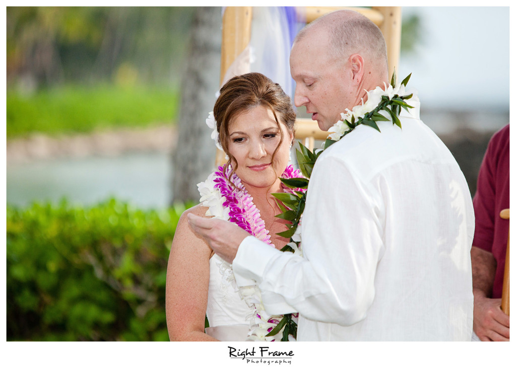 014_Oahu_wedding_photographers_Paradise_cove_