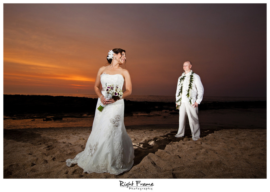 020_Oahu_wedding_photographers_Paradise_cove_