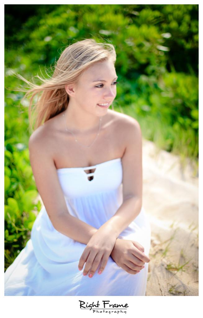 036_honolulu_senior_portrait_Photography_Lanikai_Beach