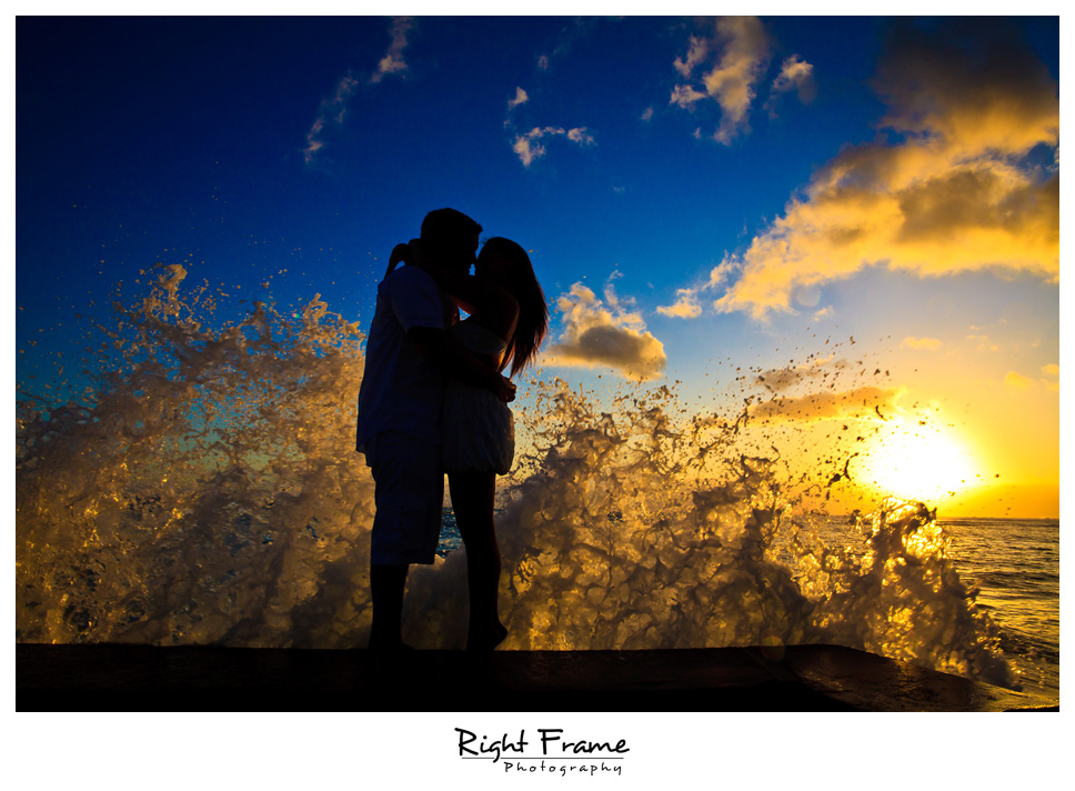 069_Oahu_engagement_photographers