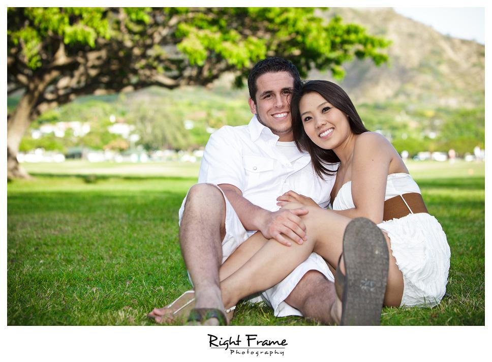 079_Oahu_engagement_photographers