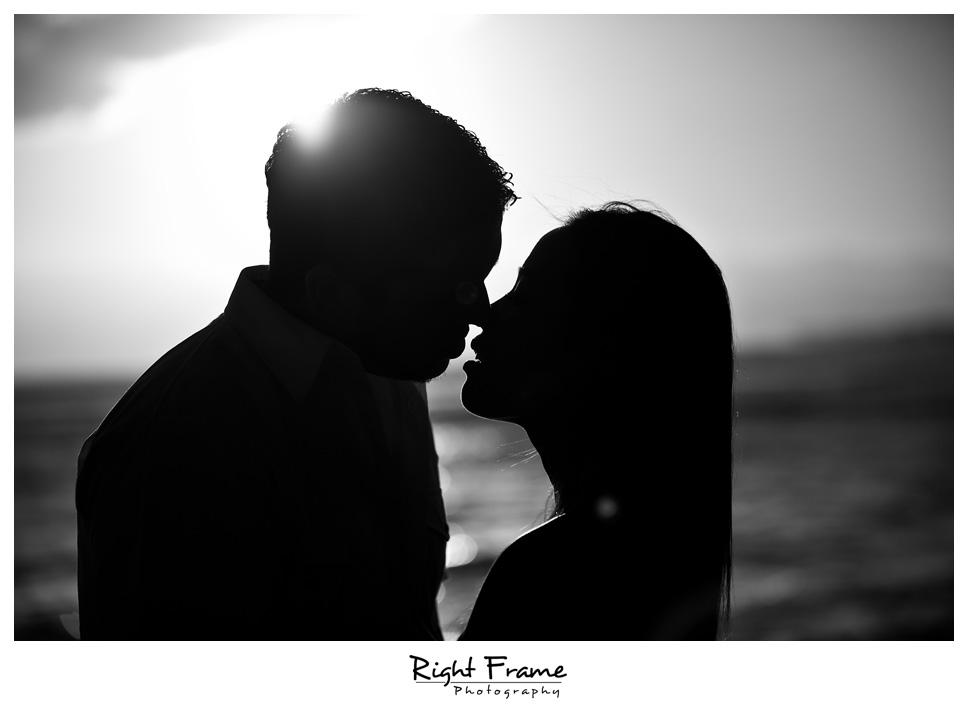 084_Oahu_engagement_photographers