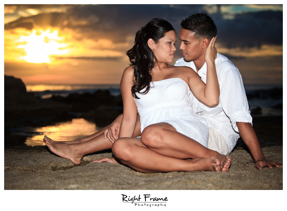 088_Oahu_engagement_photographers