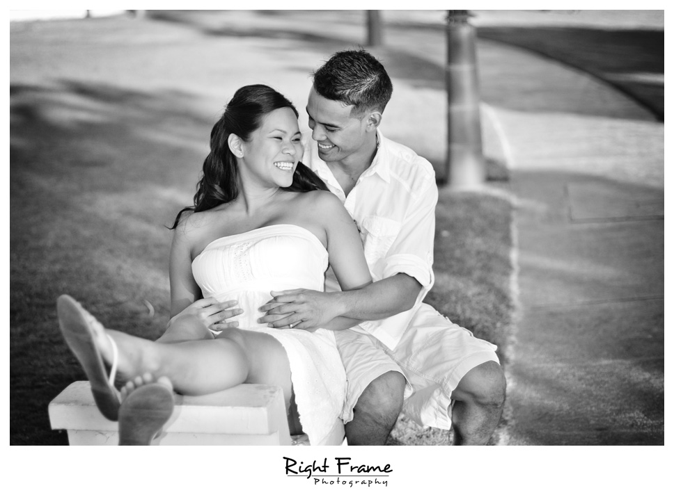 090_Oahu_engagement_photographers