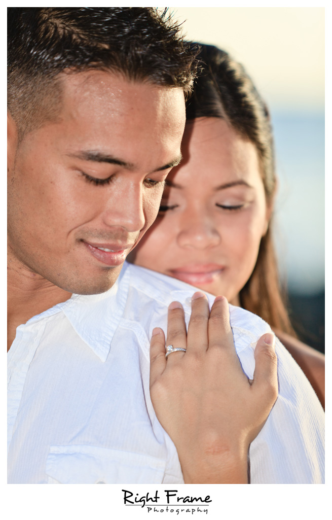 094_Oahu_engagement_photographers