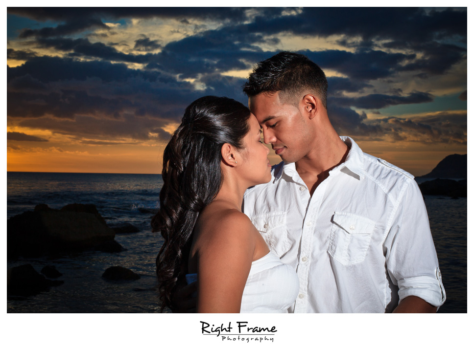 100_Oahu_engagement_photographers