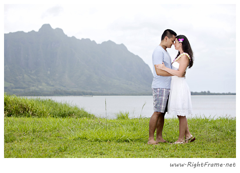 103_Oahu_Engagement_Photography_Kualoa_Regional_Beach_Park