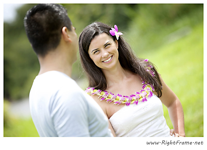 105_Oahu_Engagement_Photography_Kualoa_Regional_Beach_Park