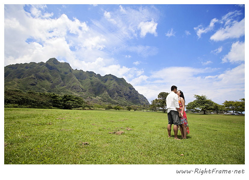 121_Oahu_Engagement_Photography_Kualoa_Regional_Beach_Park