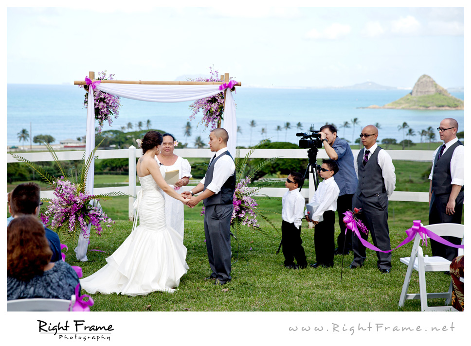 Honolulu Wedding Photography Paliku Gardens Wedding By