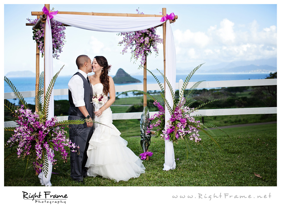 149_honolulu_wedding_photography_Kualoa_ranch_paliku_gardens_