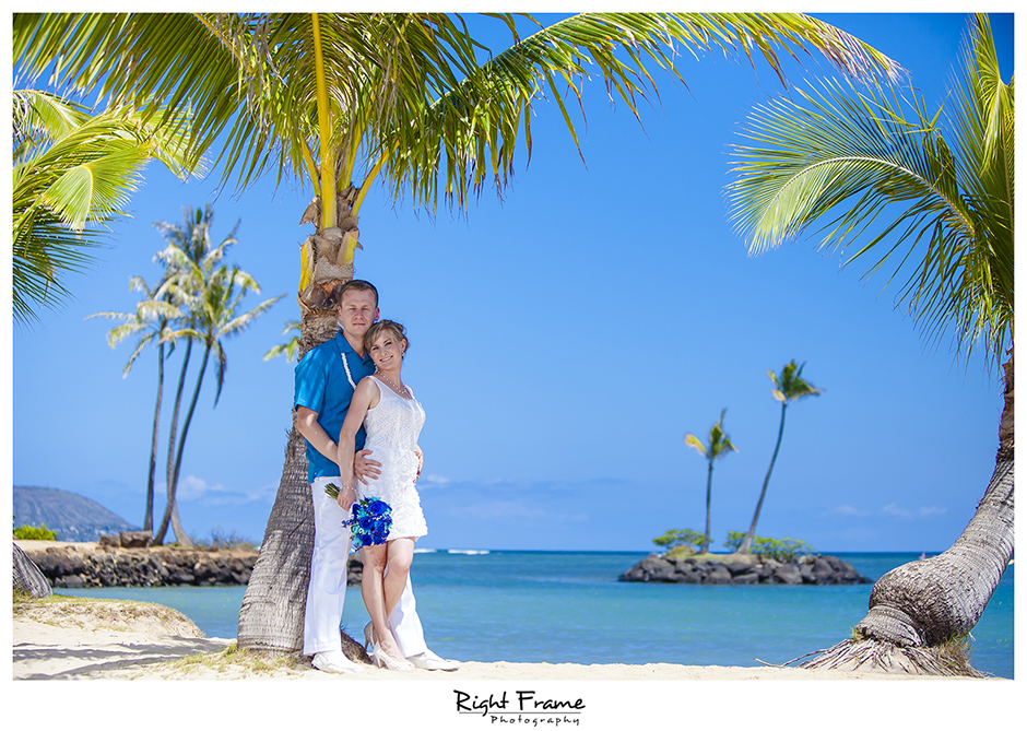 006_Oahu_wedding_photographers_Kahala_Beach