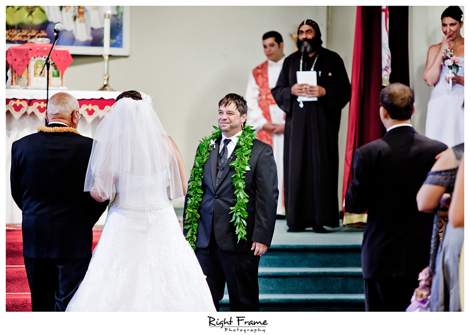 007_Honolulu_wedding_photographers_Oahu_Koolau_Ballrooms