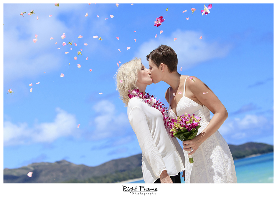 014_Hawaii_Oahu_gay_wedding_lesbian_marriage