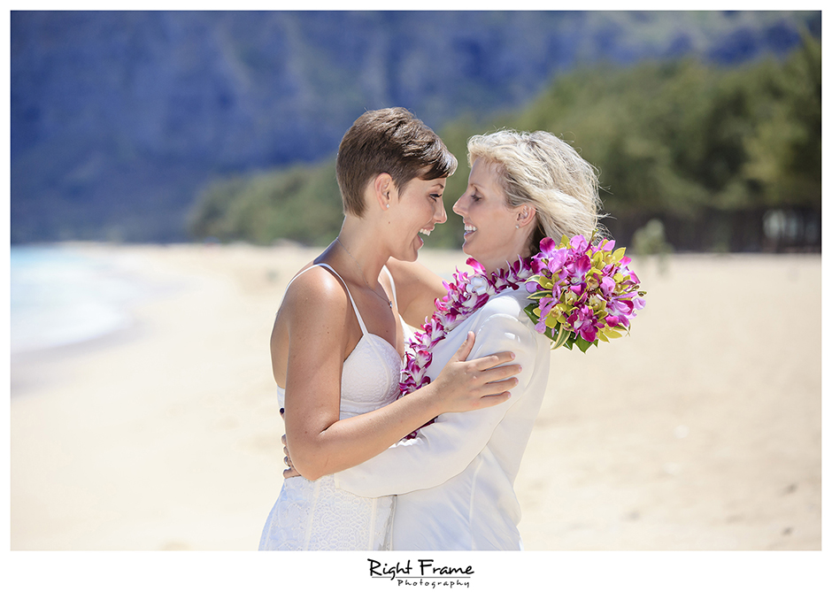 017_Hawaii_Oahu_gay_wedding_lesbian_marriage