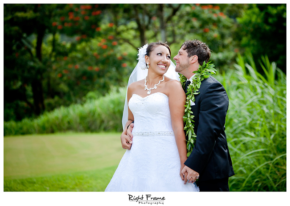 036_Honolulu_wedding_photographers_Oahu_Koolau_Ballrooms