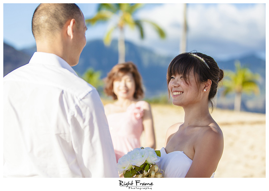 002_best wedding photographer in honolulu Hawaii