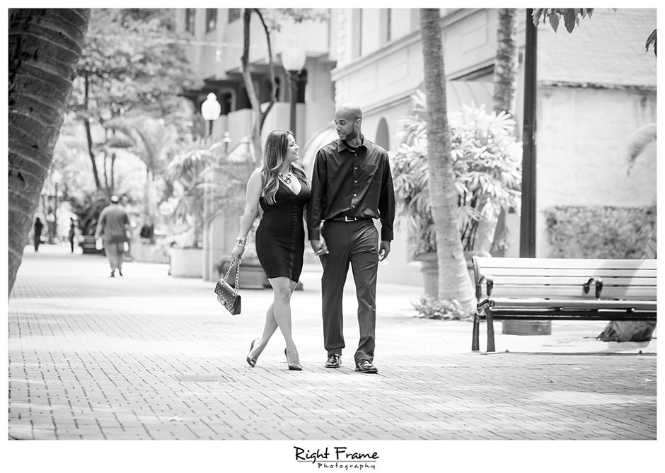 009_Engagement_Photographer_in_Honolulu_Hawaii_Oahu