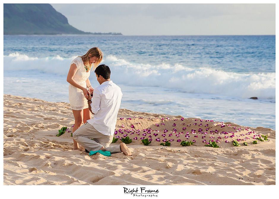 007_oahu engagement photographer