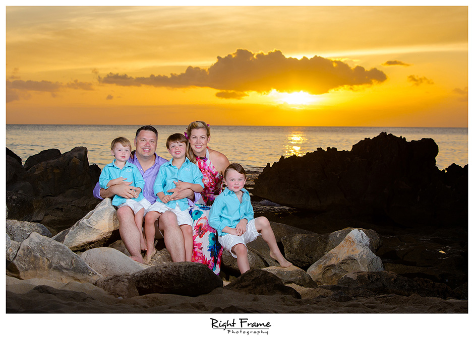 Oahu Family Photographers | Jennifer by Right Frame: www.rightframe.net/oahu-family-photographers-jennifer