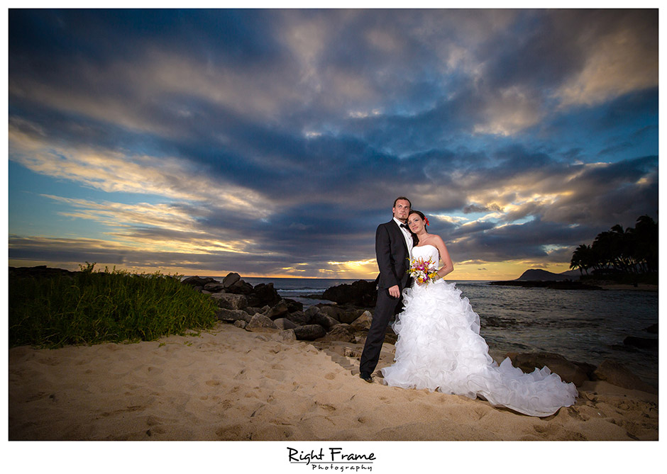 137_Wedding Photographers in Oahu Hawaii