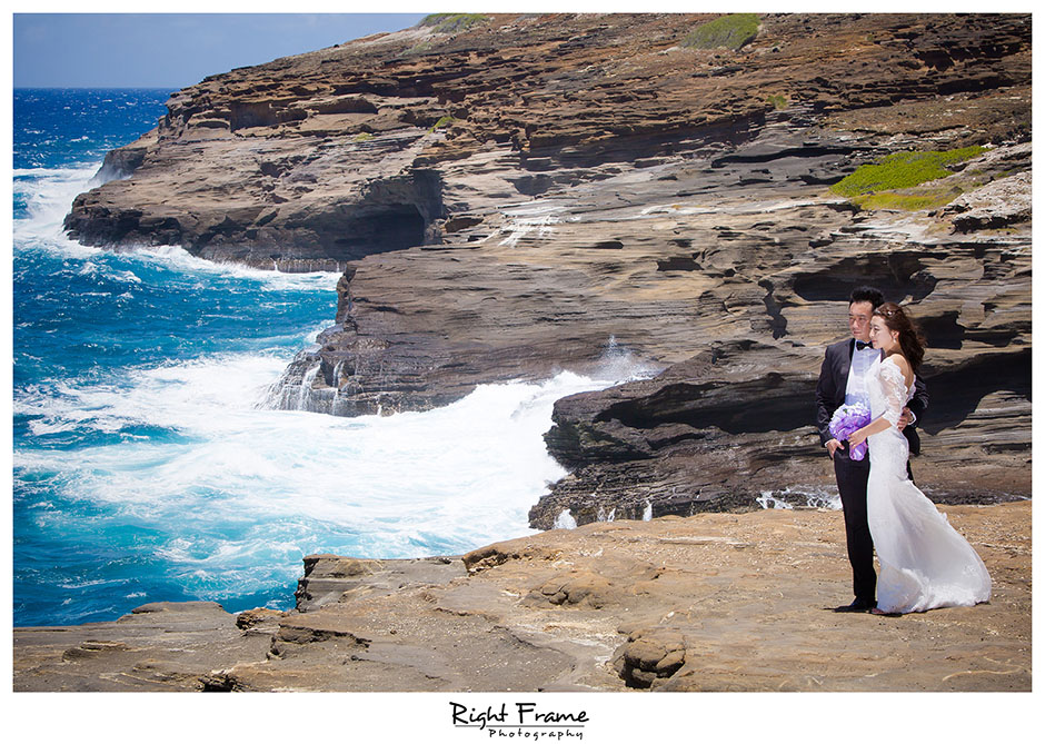 wedding photographers in Oahu Hawaii