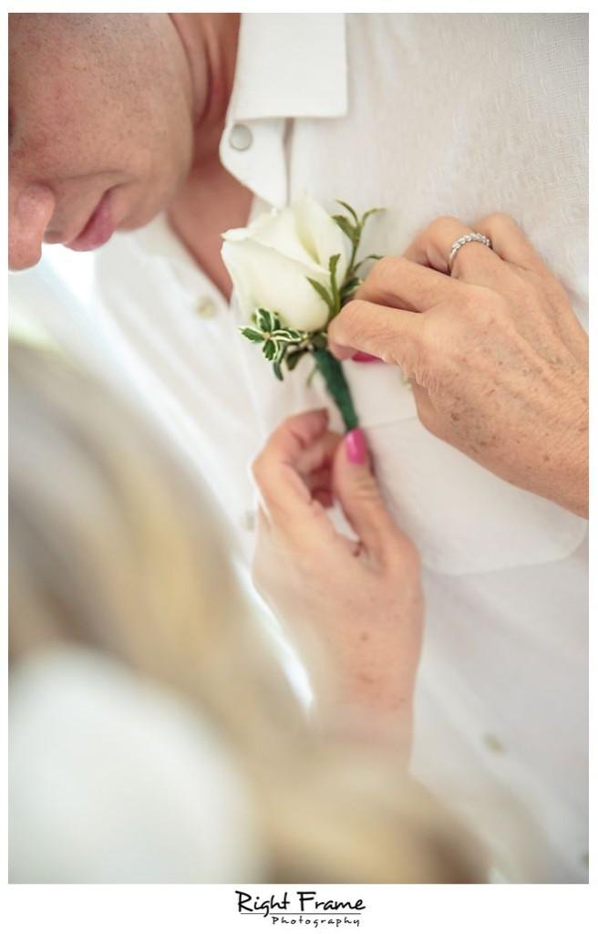 074_Kahala Beach Wedding oahu photographer