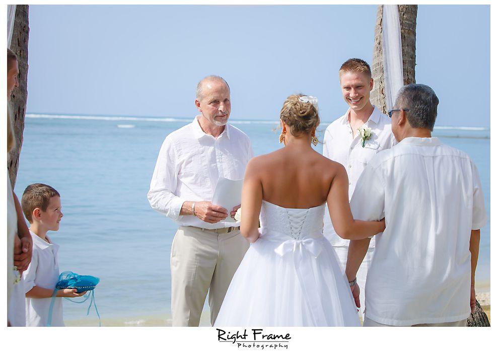 101_Kahala Beach Wedding oahu photographer