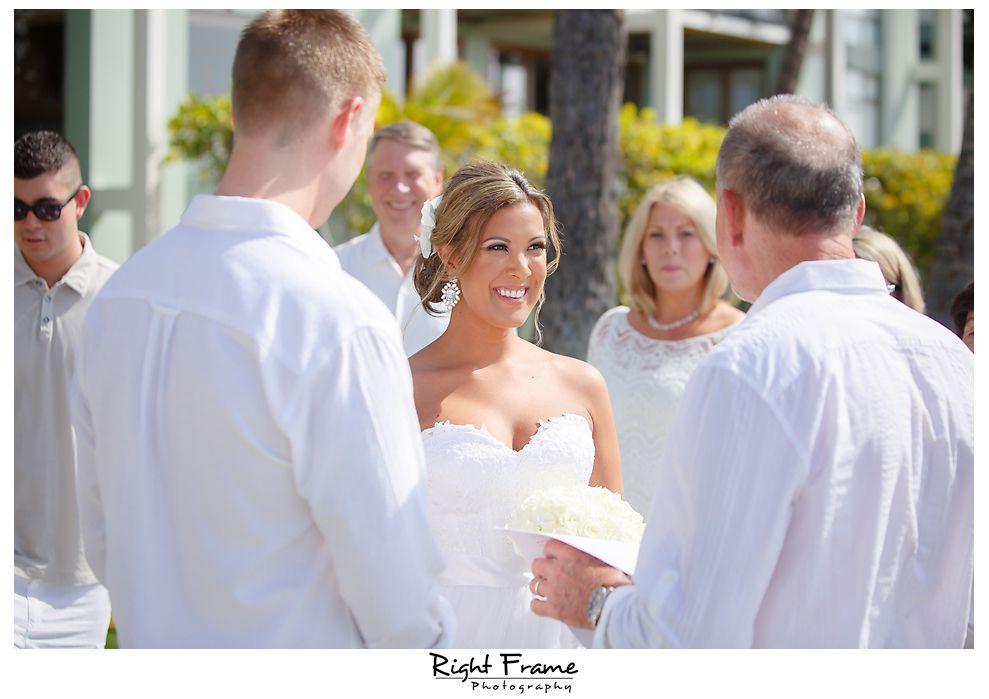 102_Kahala Beach Wedding oahu photographer