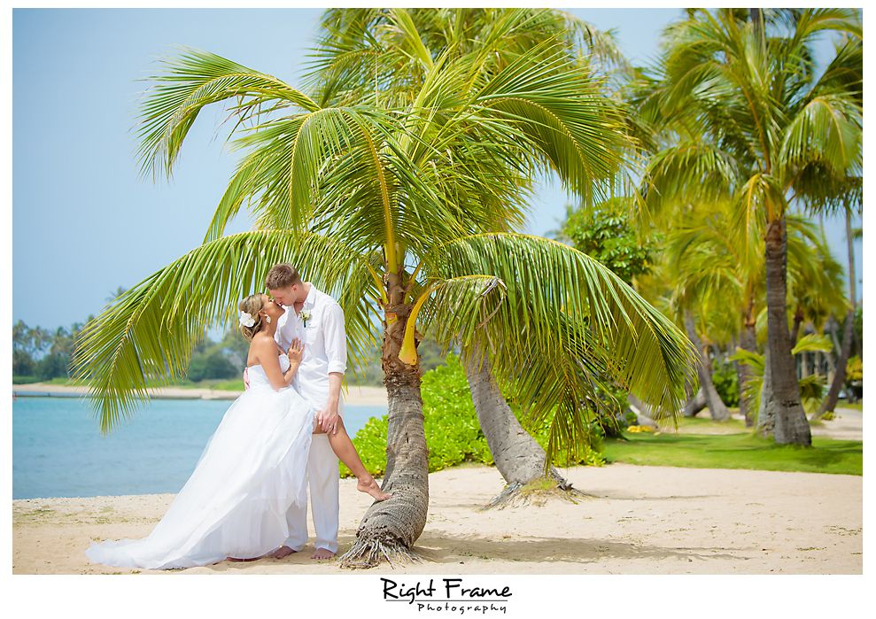 118_Kahala Beach Wedding oahu photographer