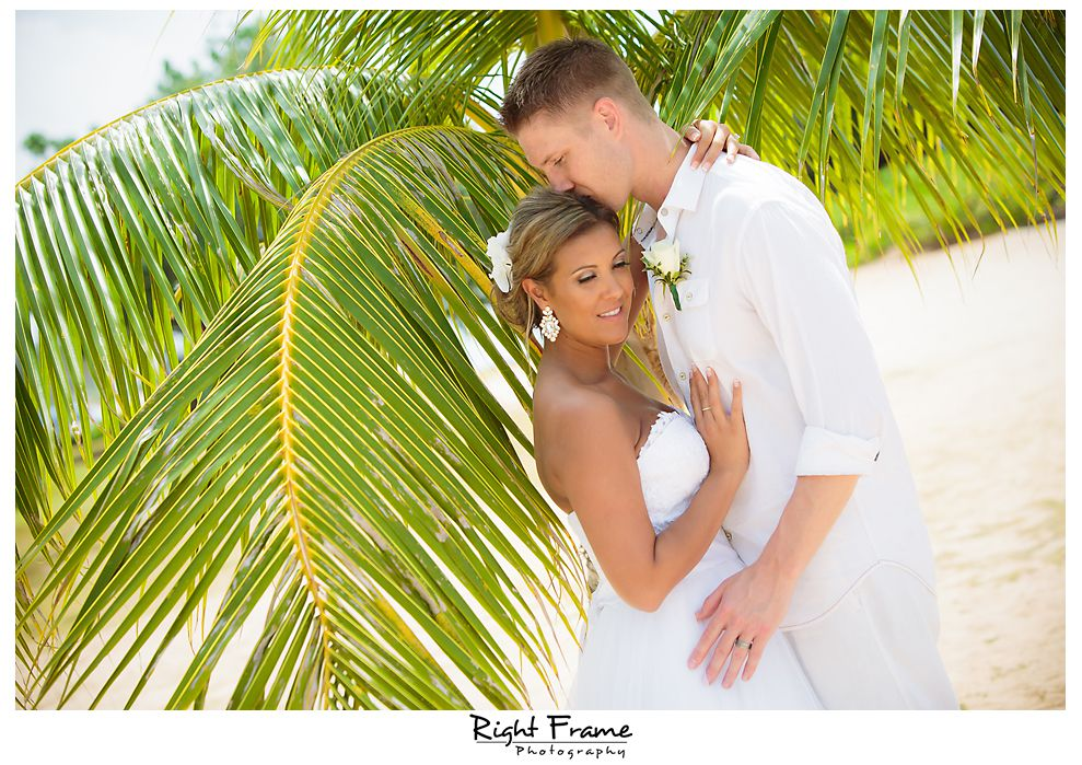 119_Kahala Beach Wedding oahu photographer
