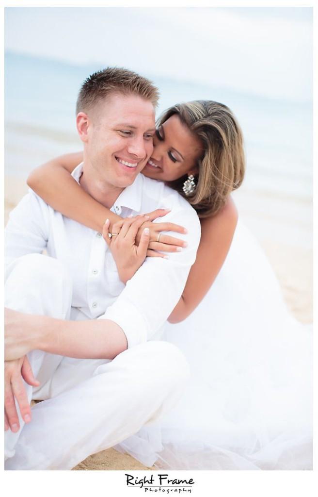 126_Kahala Beach Wedding oahu photographer