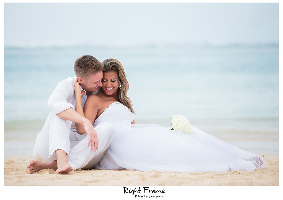 127_Kahala Beach Wedding oahu photographer