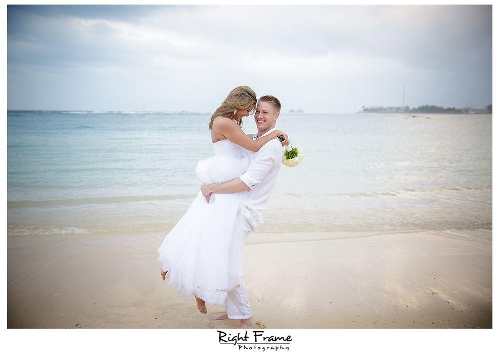 129_Kahala Beach Wedding oahu photographer