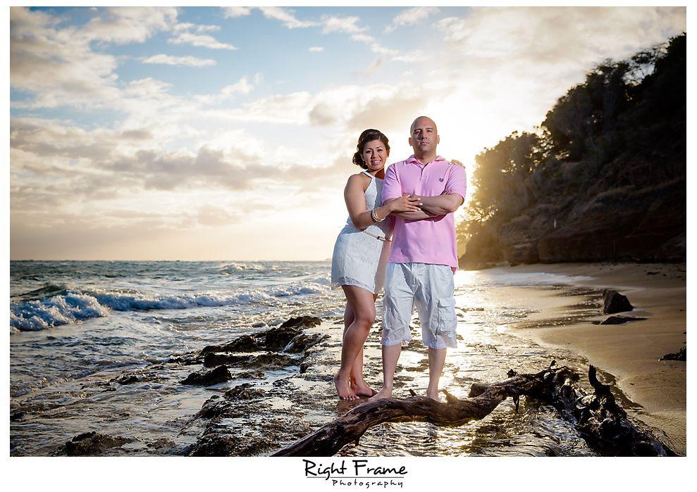 354_Waikiki Engagement Photographer
