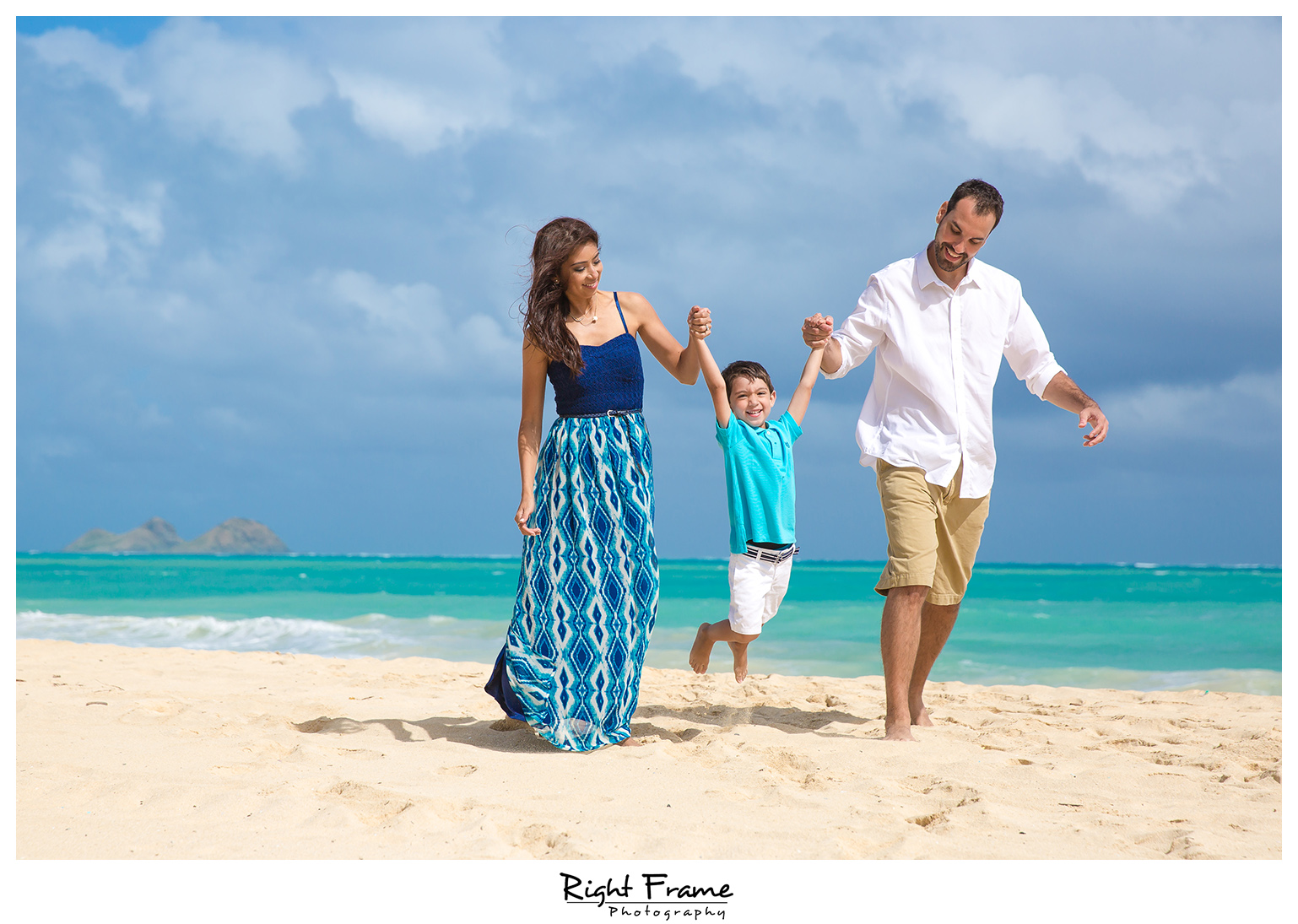 Oahu Hawaii Family Photography by Right Frame