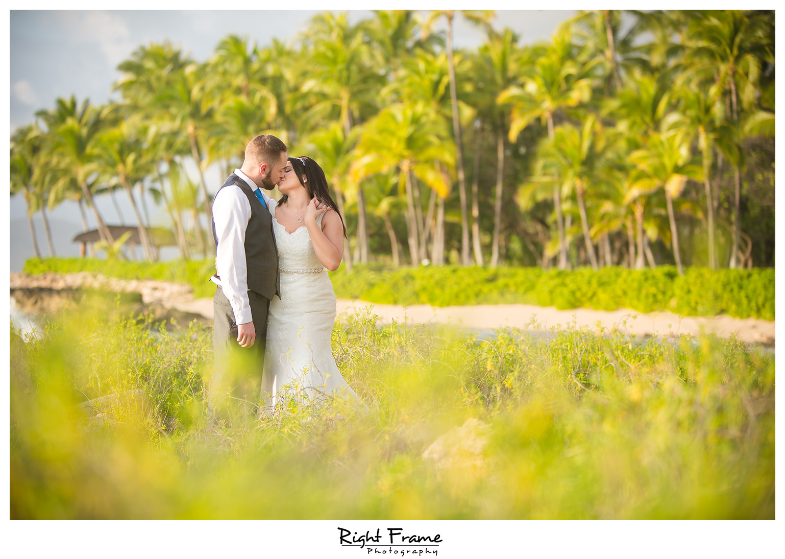 Trash The Dress in Hawaii Oahu