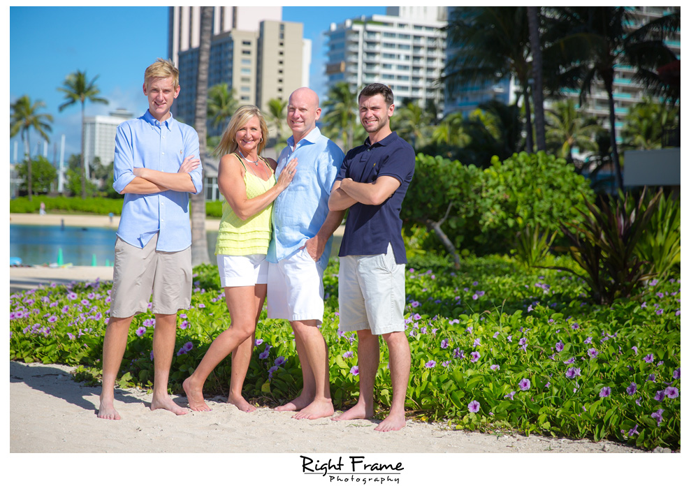 Waikiki Photographers Beach Family Photos