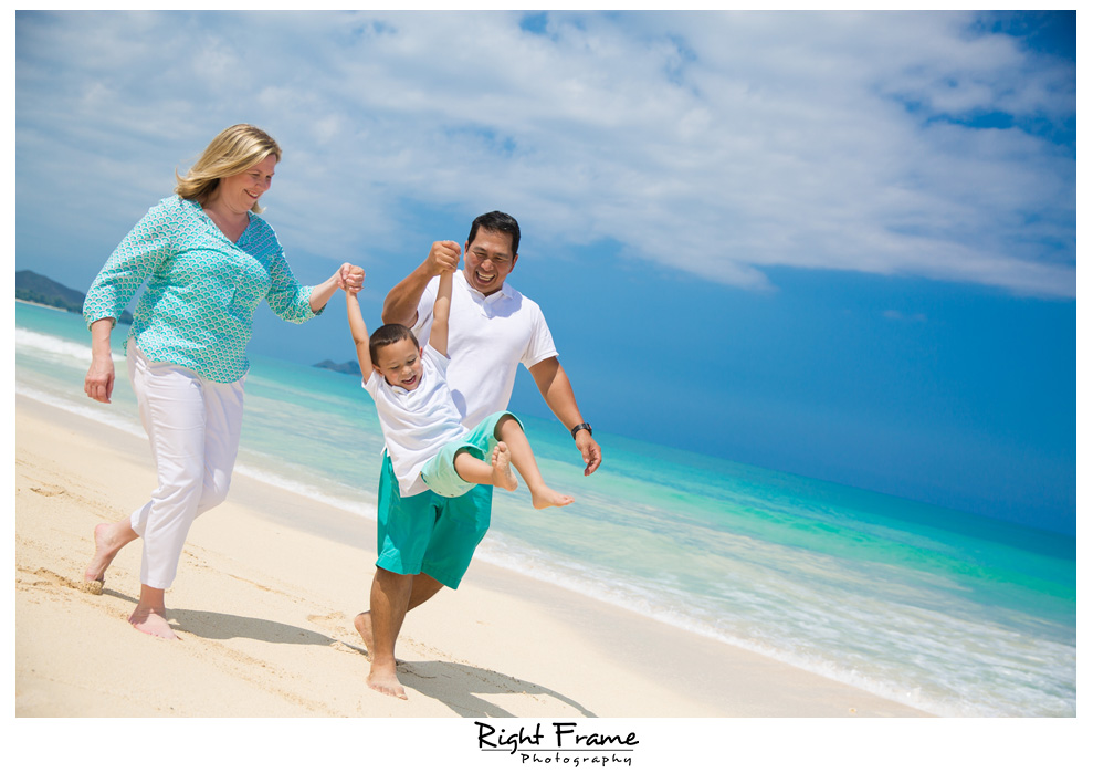 Oahu Hawaii Family Photographer
