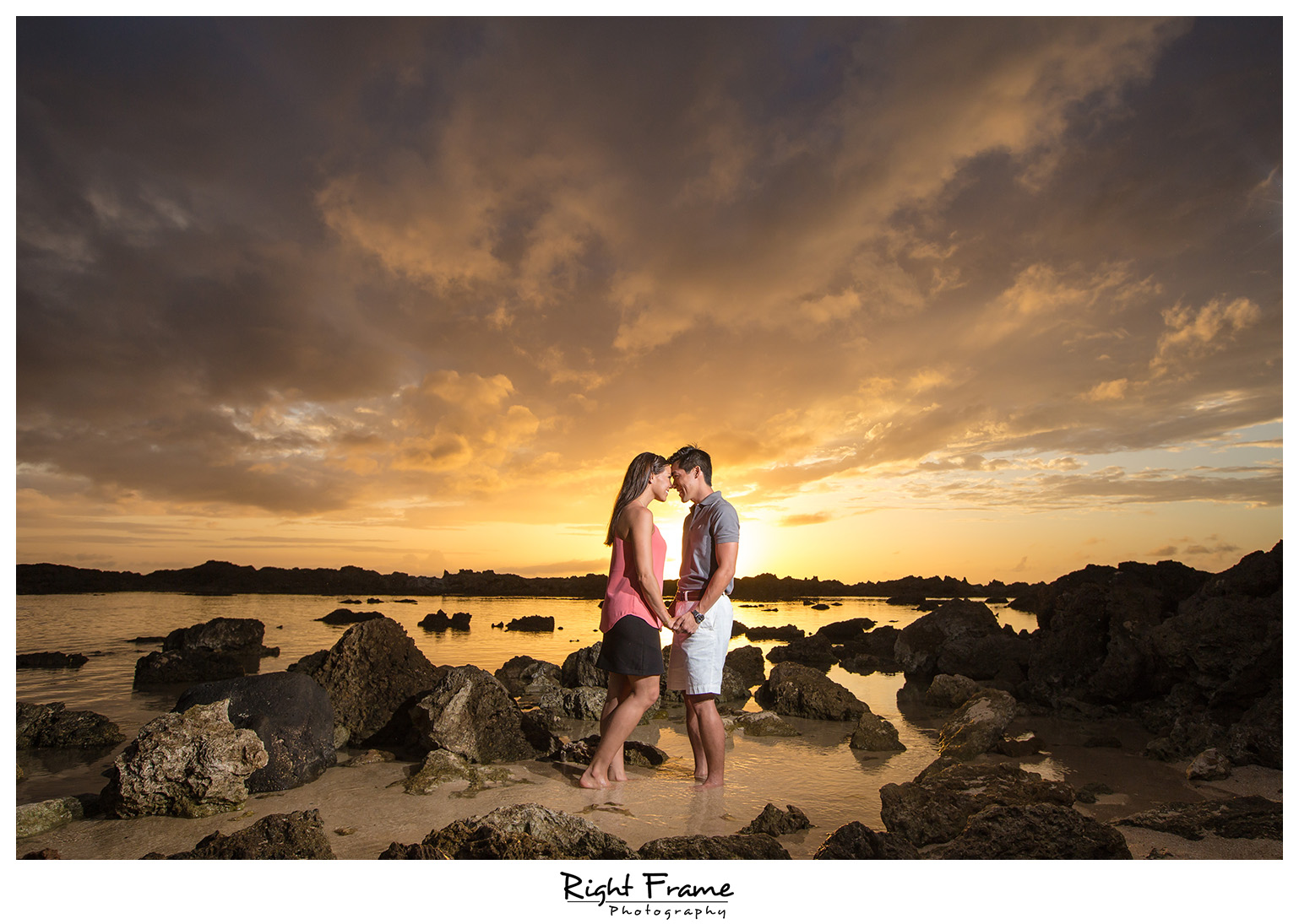 Creative Fun Hawaii Sunset Beach Couple Photography